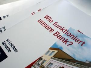 Bankfolder in Leichter Sprache